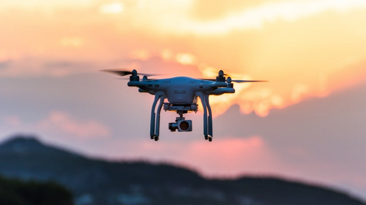 Top 7 Best Drones To Buy In 2018 For Traveling