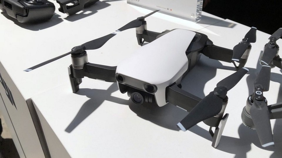 Best Foldable Drones for Beginners